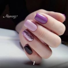 What Christmas manicure to choose for a festive mood - My Nails Fancy Nails, Love Nails, Trendy Nails, My Nails, Gelish Nails, Purple Nails, Black Nails, Purple Glitter, Pink Purple