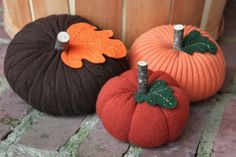 Crafts From Old Sweaters | pumpkins from old sweaters | Craft Ideas