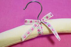 threads and snippets: how to make padded hangers
