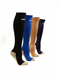 b3305f21df Graduated Compression Socks for Men & Women MDSOX 20-30 mmHg (White L