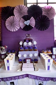 Bridal/Wedding shower party ideas in 2019 weddings свадьба, Lila Party, Party Kulissen, Shower Party, Party Ideas, Purple Party Decorations, Bridal Shower Decorations, Diy Wedding Decorations, Wedding Ideas, Trendy Wedding