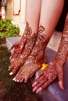 I want intricate, lacy mehendi. Like beautiful gloves.