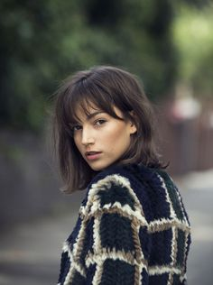 Womens haircuts with bangs 2019 new best hairstyle Womens Hairstyles With Cute Short Haircuts, Haircuts With Bangs, Haircut Short, Midi Haircut, Haircut Bangs, Bob Hairstyles, Straight Hairstyles, Fringe Hairstyles, Ladies Hairstyles