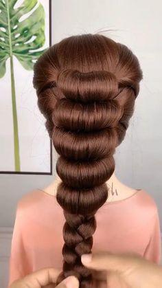 Hairdo For Long Hair, Bun Hairstyles For Long Hair, Front Hair Styles, Medium Hair Styles, Hair Style Vedio, Hair Tutorials For Medium Hair, Hair Upstyles, Hair Creations, Crazy Hair