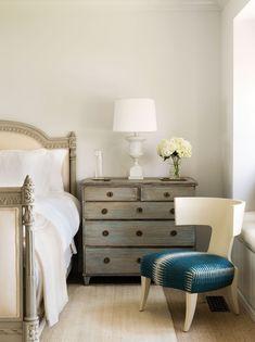 la commode est absolument sublime chambre a coucher idee meubles peints mobilier de salon