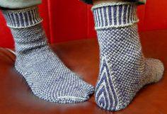 Easy Knitting Patterns, Free Knitting, Knitting Socks, Stitch Patterns, Knit Socks, Socks And Heels, Knitting Magazine, Crazy Socks, Pattern Images
