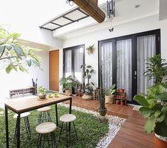 Home bar designs modern decor ideas Minimalist House Design, Small House Design, Minimalist Home, Modern House Design, Minimalist Garden, Home Room Design, Home Interior Design, Style At Home, Courtyard Design
