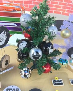 GG's Creations⠀ ⠀ GG's Creations creates handmade holiday decorations, holiday centerpieces, Christmas Ornaments, knitted scarves, sports mugs, fingernail art, wine glass charms, original drawings, dog bows and neckties, and skin care products.⠀