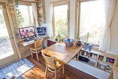 cabane en bois habitable, passive et mobile à la fois- coin-bureau et table à manger