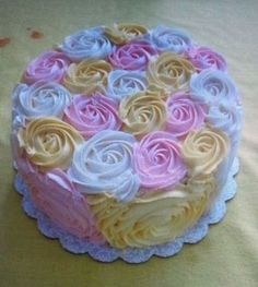Beautiful cake with roses!