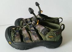 Keen Boys Newport Green Camo Sandals Hiking Sport Shoes Youth Size 9 #KEEN #SportSandals #Casual