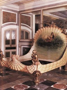 Antique shell bed