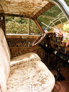 1958 Rolls Royce Silver Cloud Hippie Glam Art Car Magnolia Pearl by Rrobin Brown - You Really Must See this Car! Magnolia Pearl, Hippie Auto, Hippie Car, Gypsy Caravan, Gypsy Wagon, Gypsy Trailer, Cadillac Eldorado, Dream Cars, Vw Minibus
