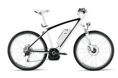 Bisiklette BMW keyfi: Otomobilinin içinde bunalıp şehir trafiğinde sinirlerini zorlamak istemeyenlere.