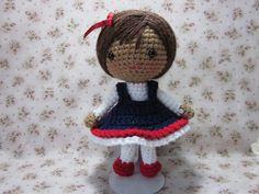 Cute Amigurumi Girl - FREE Crochet Pattern and Tutorial