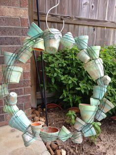 By the Way: Clay Pot Wreath + Succulents = Smile! Garden Yard Ideas, Garden Crafts, Garden Projects, Garden Pots, Clay Pot Projects, Clay Pot Crafts, Shell Crafts, Diy Wreath, Wreaths