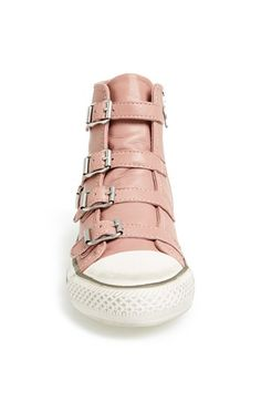 Just give me this damn shoe. In any color. In all the colors.