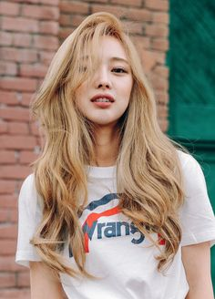 Feel free to request any ulzzang or model, icon and header too Blonde Hair Korean, Korean Hairstyle Long, Korean Long Hair, Korean Hairstyles Women, Redhead Hairstyles, Blonde Asian, Hairstyles With Bangs, Japanese Hairstyles, Asian Hairstyles