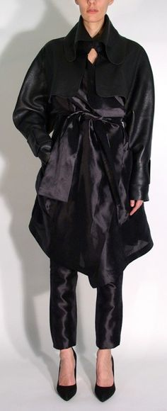 Leather and taffeta trench coat http://boutique.denisgagnon.ca/index.php?route=product/product&path=66&product_id=76