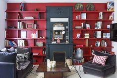 New Wall Color Red Shelves Ideas Living Room Red, Living Room Decor, Red Walls, Minimalist Living, Beautiful Interiors, French Interiors, Living Room Inspiration, Interior Design, Home Decor