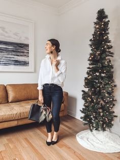 11 Casual Chic Holiday Outfits with Everlane Casual Chic Outfits, Casual Holiday Outfits, Holiday Party Outfit, Cute Outfits, Casual Chic Fashion, Look Casual Chic, Holiday Parties, Holiday Fashion, Party Fashion