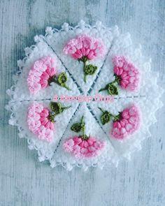 Crochet Flower Squares, Crochet Flower Tutorial, Crochet Flowers, Crochet Towel, Crochet Doilies, Crochet Stitches, Doily Patterns, Knitting Patterns, Crochet Patterns