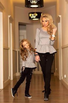 Image uploaded by Rania♡. Find images and videos about girl, fashion and black on We Heart It - the app to get lost in what you love. Mom Daughter Matching Outfits, Mommy Daughter Dresses, Mom And Baby Outfits, Mother Daughter Fashion, Matching Family Outfits, Baby Girl Dresses, Kids Outfits, Baby Dress, Moda Kids