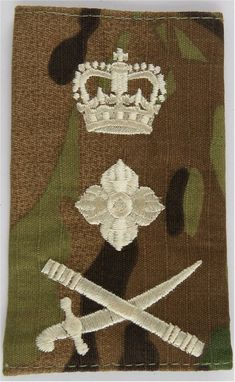 General's Rank Slide - Cream On MTP Camouflage Sword Pointing Right Officer rank badge for sale Queen Elizabeth Crown, British Army Uniform, Military Ranks, Royal Marines, Royal Air Force, Badges, Camouflage, Shoulder, School