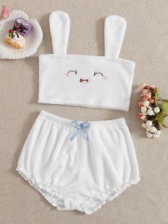 Cute Pajama Sets, Cute Pjs, Cute Pajamas, Pj Sets, Really Cute Outfits, Cute Comfy Outfits, Girls Fashion Clothes, Teen Fashion Outfits, Lazy Outfits
