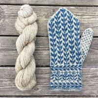 Knitting Patterns Mittens 'Flora' stick description with postage Knitted Mittens Pattern, Knit Mittens, Knitted Gloves, Knitting Socks, Baby Knitting, Knitting Patterns, Norwegian Knitting, Wrist Warmers, How To Purl Knit