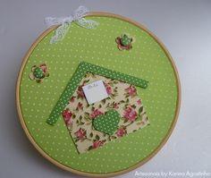 Bastidor decorado/Embroidery hoop