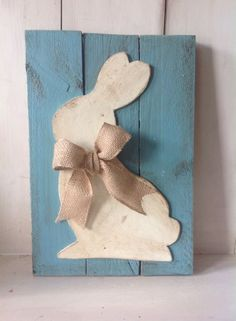 EASTER BUNNY Country Primitive Rustic Handmade Wood Pallet Sign Burlap Bow