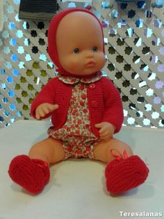 Knit Crochet, Crochet Hats, Bitty Baby, Baby Born, Baby Sweaters, Vintage Dolls, Baby Dolls, Doll Clothes, Sewing