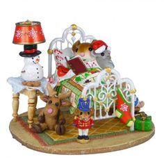 Wee Forest Folk Christmas mouse, mice figurines