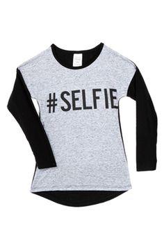 #TATI #T-shirt - Du 6 au 14 ans - 9,99 € - Chaud et tendance, craquez pour ce jolie t-shirt manches longues, disponible en 2 coloris :) ! http://www.tati.fr/fille/vetement-fille-6-a-14-ans/t-shirt-blouse-sous-pull/t-shirt-imprime-selfie-bicolore/130257/d0.html?cmpid=pinterest&utm_source=pinterest.com&utm_medium=referral&utm_campaign=pont_tshirt_20150217