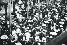 1912. A Weingruber kávéház terasza a Városligetben, a pesti zsidóság törzshelye.