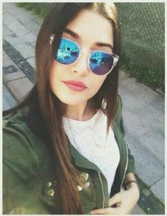 Find images and videos about güneşin kızları, alsel and hande erçel on We Heart It - the app to get lost in what you love. Turkish Women Beautiful, Turkish Beauty, Girl Photo Poses, Girl Photos, Beautiful Celebrities, Beautiful Actresses, The Americans Tv Show, Selfies, Most Handsome Actors