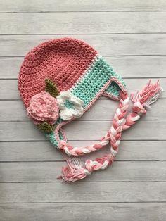 Crochet Hat Earflap, Crochet Baby Hats, Baby Blanket Crochet, Crochet Yarn, Crochet Flowers, Baby Girl Winter Hats, Kids Winter Hats, Baby Girl Hats, Girl With Hat