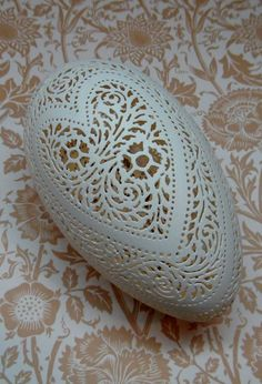 Jumbo+Hand+Carved+Victorian+Lace+Goose+Egg+by+theNestatWindyCorner,+$140.00