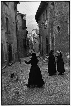 Scanno, Abruzzo 1951s.. Italy..  Henri Cartier-Bresson Photography