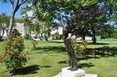 Le château de Favières : expositions, ateliers, gîte