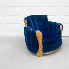 art deco ANTIQUE sapphire blue carved wood tub by misovintage, $750.00 ~ Oh, my goodness, I WANT THIS