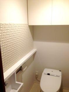 施工後  トイレの壁にエコカラット ヴィーレ