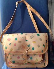 Borsa postina Naj Oleari indossata dalla Squinzia negli anni 80 Diaper Bag, Nostalgia, Style, Fashion, Swag, Moda, Fashion Styles, Diaper Bags, Mothers Bag