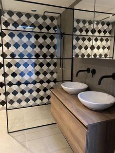 www.lifs.nl #lifs #interior #interiordesign #toilet #ontwerp #interieuradvies #3D #tegel #inbouw Decor, House, Interior Design, Home Decor, Sink