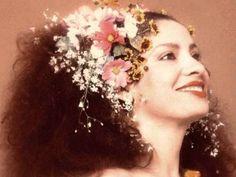 Baile do Almeidinha comandado por Hamilton de Holanda homenageia Clara Nunes com participação de Mariene de Castro e Carlinhos de Jesus