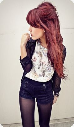 lovin the outfit, the color and especially the length. *can't wait for my hair to grow back out!