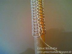 Weitere Ketten aus der Strickfabrik    Anleitung für das Wikinger Stricken  Inzwischen sind schon über zehn Ketten und Armbänder fertig - ...