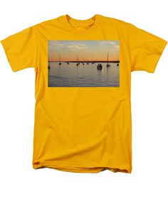 Sunset Men's T-Shirt (Regular Fit) featuring the photograph Boats On The Water by Cynthia Guinn