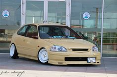 Honda Civic EK hatch via Furkan İnlemezoğlu Photography on Facebook - that's not something you see everyday (unless you own it)
